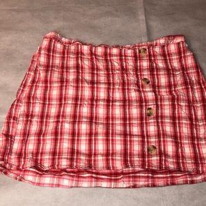 High waisted plaid skirt.